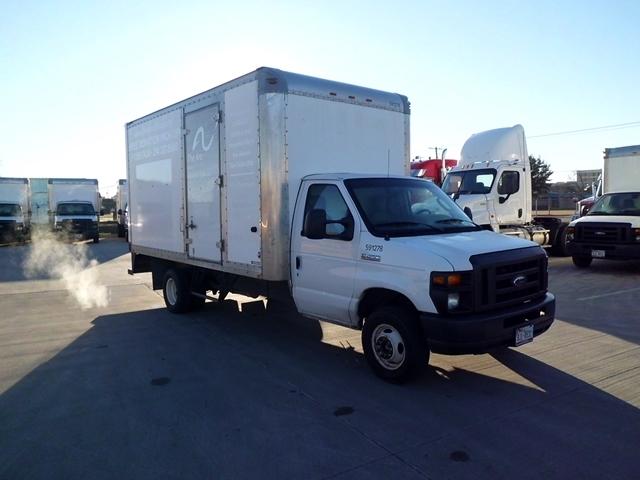 Light Duty Box Truck-Light and Medium Duty Trucks-Ford-2011-E450-ARLINGTON-TX-121,735 miles-$12,750