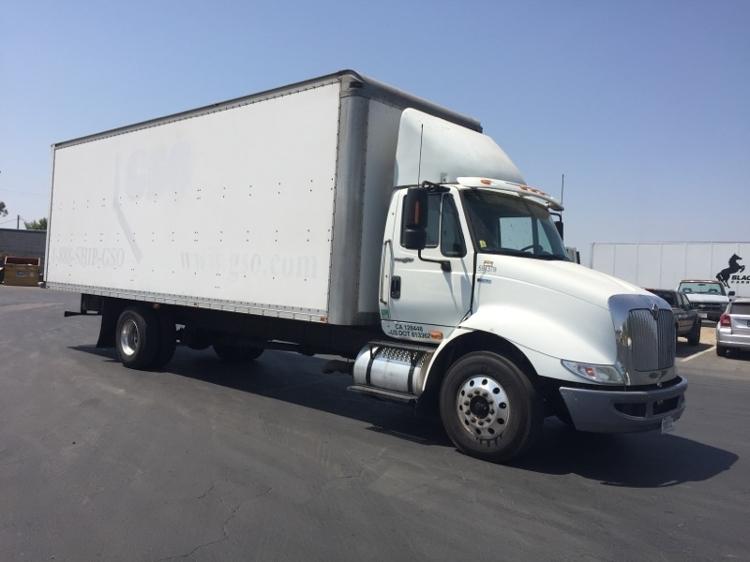 Medium Duty Box Truck-Heavy Duty Tractors-International-2012-8600-FRESNO-CA-678,085 miles-$31,500