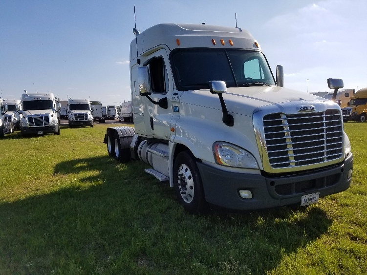 Sleeper Tractor-Heavy Duty Tractors-Freightliner-2012-Cascadia 12564ST-RICHLAND-MS-507,270 miles-$34,750