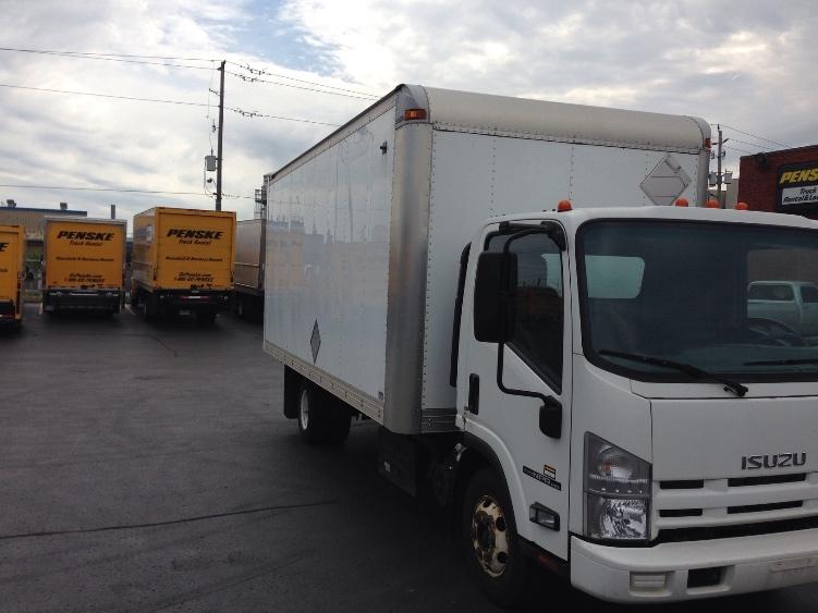 Medium Duty Box Truck-Light and Medium Duty Trucks-Isuzu-2011-NPR-MISSISSAUGA-ON-114,615 km-$27,750