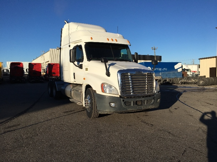Sleeper Tractor-Heavy Duty Tractors-Freightliner-2012-Cascadia 12564ST-CALGARY-AB-665,272 km-$50,250