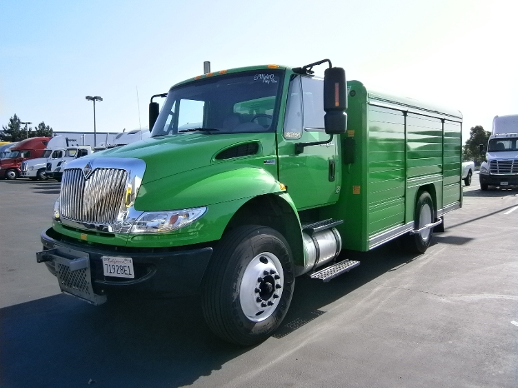 Beverage Truck-Specialized Equipment-International-2012-4300-TORRANCE-CA-94,626 miles-$33,000
