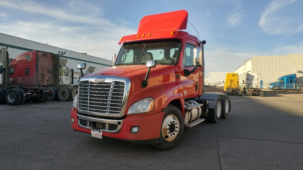 Day Cab Tractor-Heavy Duty Tractors-Freightliner-2012-Cascadia 12564ST-CALGARY-AB-456,819 km-$51,750
