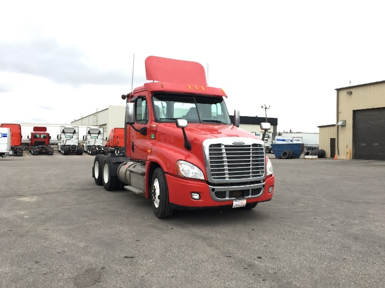 Day Cab Tractor-Heavy Duty Tractors-Freightliner-2012-Cascadia 12564ST-CALGARY-AB-312,171 km-$58,750