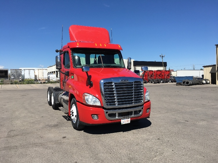 TADC-Heavy Duty Tractors-Freightliner-2012-X12564ST-CALGARY-AB-367,441 km-$57,750