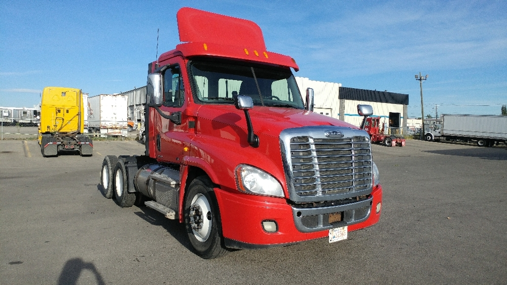 Day Cab Tractor-Heavy Duty Tractors-Freightliner-2012-Cascadia 12564ST-CALGARY-AB-425,299 km-$56,500
