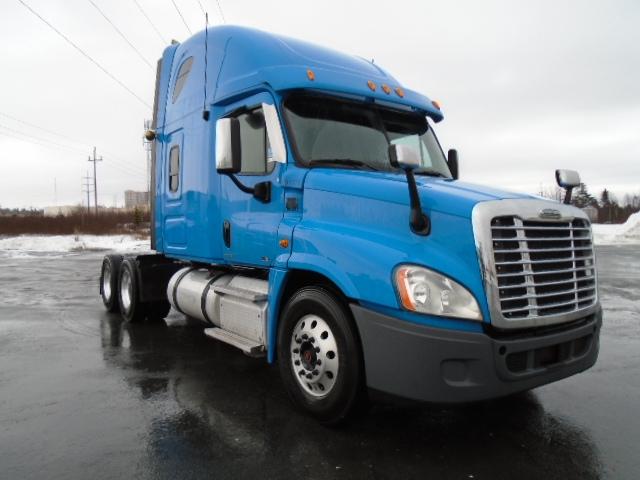 Sleeper Tractor-Heavy Duty Tractors-Freightliner-2012-Cascadia 12564ST-HALIFAX-NS-686,046 km-$53,000