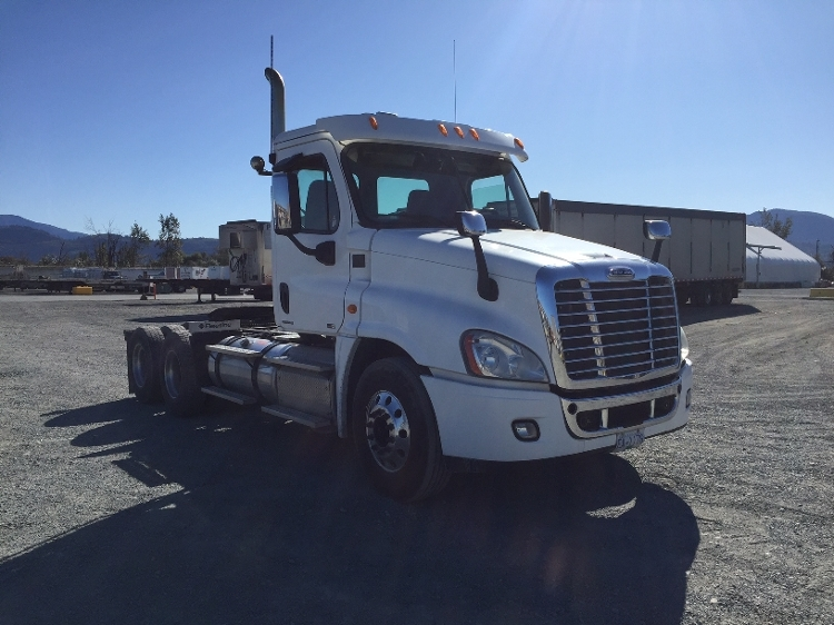 Day Cab Tractor-Heavy Duty Tractors-Freightliner-2012-Cascadia 12564ST-ABBOTSFORD-BC-527,153 km-$47,000