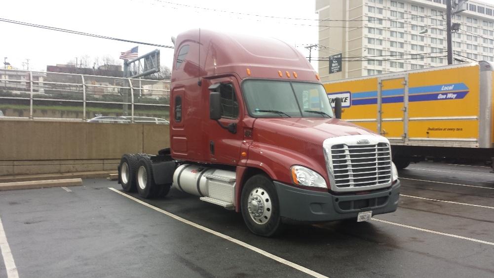 Sleeper Tractor-Heavy Duty Tractors-Freightliner-2012-Cascadia 12564ST-NORTH BERGEN-NJ-449,876 miles-$43,750