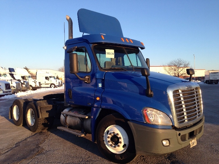 Day Cab Tractor-Heavy Duty Tractors-Freightliner-2011-Cascadia 12564ST-ROMEOVILLE-IL-309,906 miles-$30,500