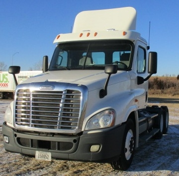 Day Cab Tractor-Heavy Duty Tractors-Freightliner-2011-Cascadia 12564ST-OMAHA-NE-519,938 miles-$41,250