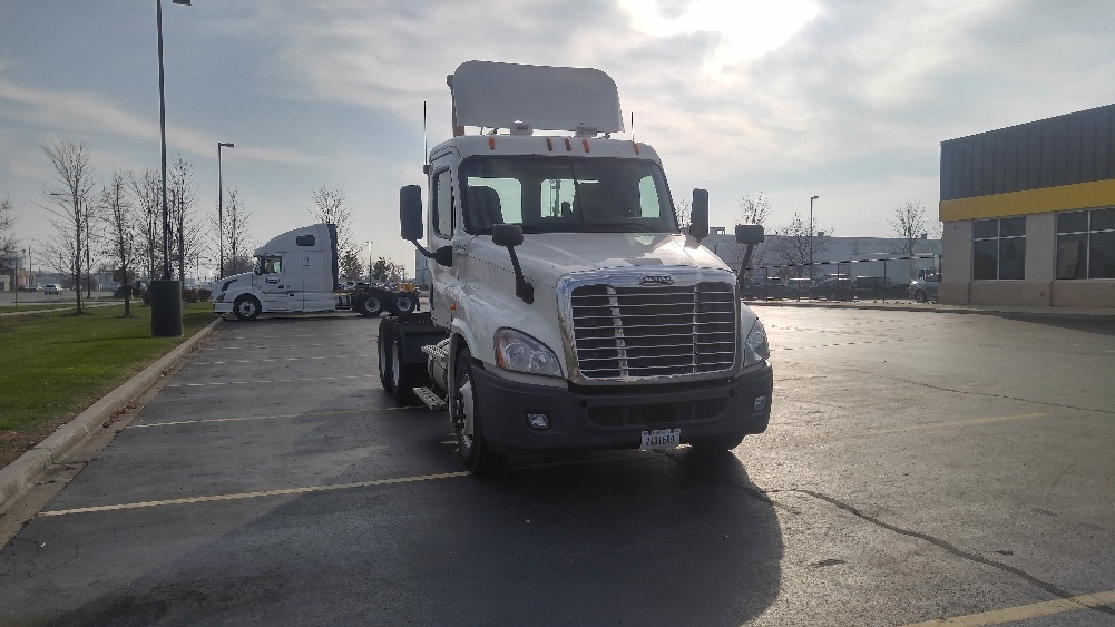 Day Cab Tractor-Heavy Duty Tractors-Freightliner-2011-Cascadia 12564ST-ROCKFORD-IL-627,735 miles-$26,750