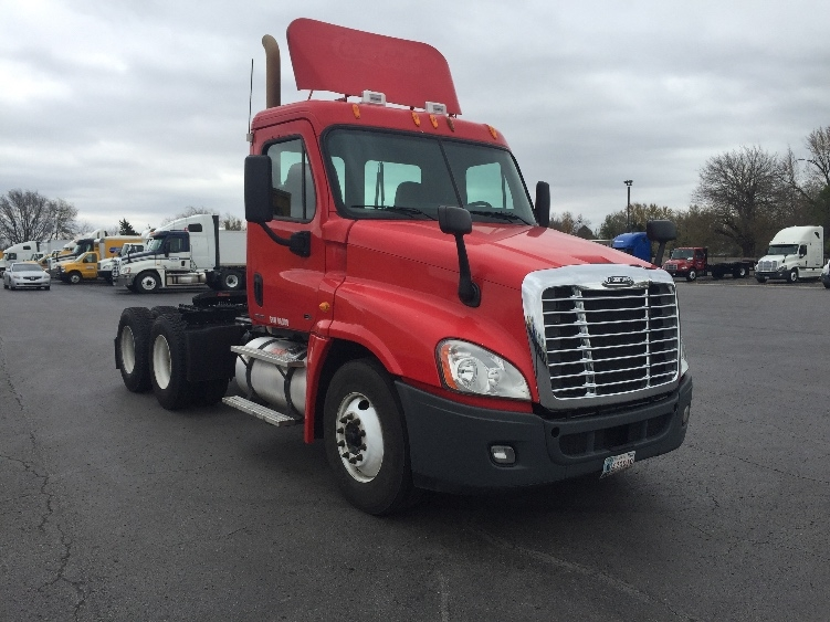 Day Cab Tractor-Heavy Duty Tractors-Freightliner-2011-Cascadia 12564ST-TULSA-OK-548,150 miles-$34,750