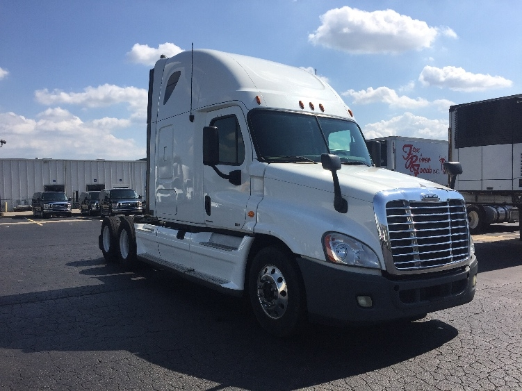 Sleeper Tractor-Heavy Duty Tractors-Freightliner-2011-Cascadia 12564ST-EARTH CITY-MO-686,238 miles-$32,000