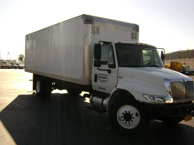 Medium Duty Box Truck-Light and Medium Duty Trucks-International-2011-4300-BUFFALO-NY-273,058 miles-$17,500