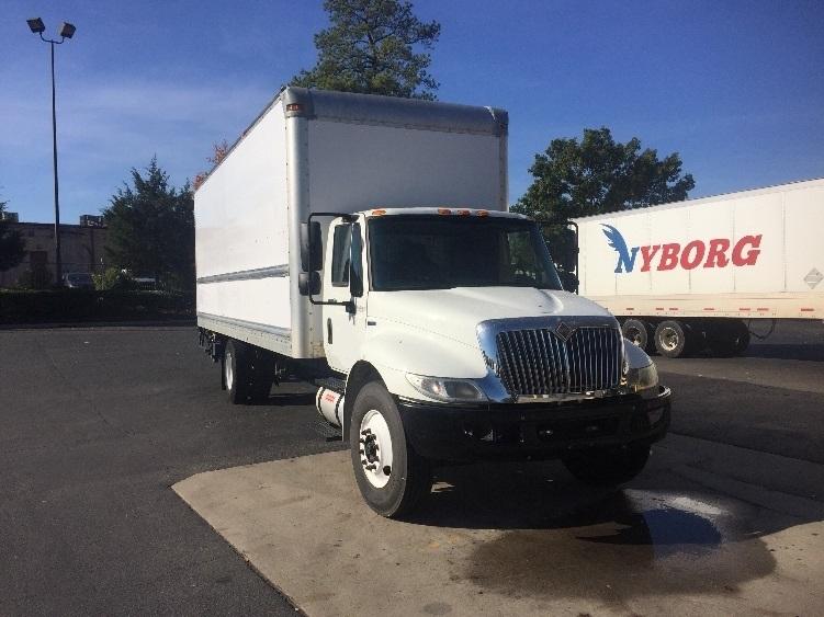 Medium Duty Box Truck-Light and Medium Duty Trucks-International-2011-4300-CHARLOTTE-NC-171,985 miles-$23,500