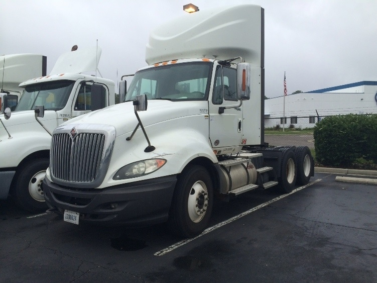 Day Cab Tractor-Heavy Duty Tractors-International-2011-ProStar-NEW CASTLE-DE-446,900 miles-$30,500