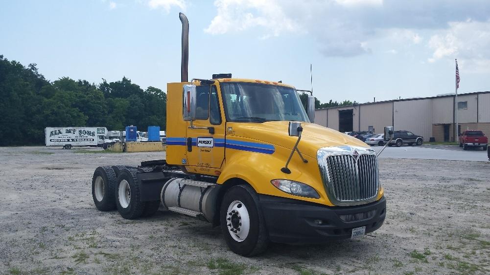Used Day Cab Tractors For Sale in GA - Penske Used Trucks