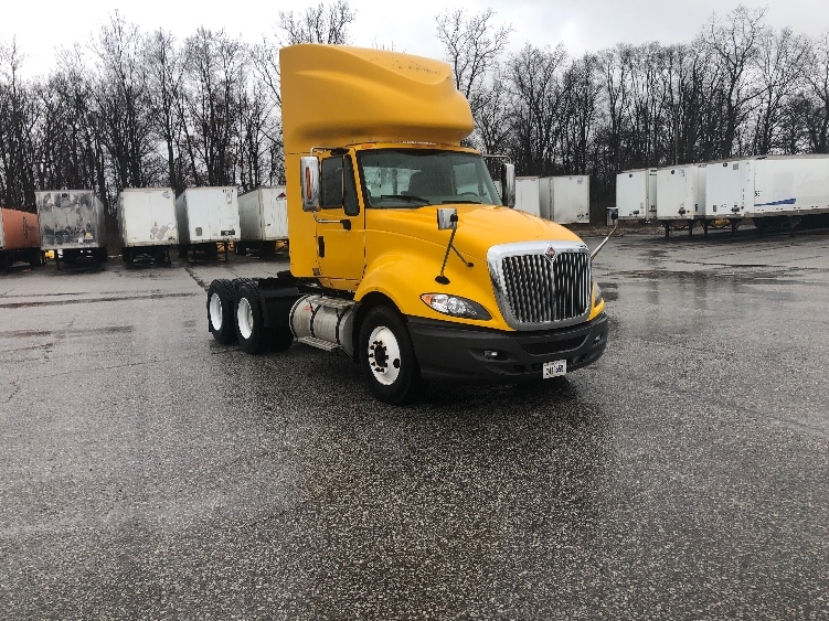 Day Cab Tractor-Heavy Duty Tractors-International-2011-ProStar-FORT WAYNE-IN-432,836 miles-$26,250