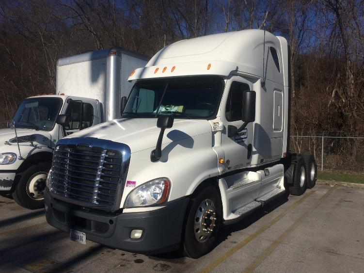 Sleeper Tractor-Heavy Duty Tractors-Freightliner-2011-Cascadia 12564ST-KNOXVILLE-TN-551,812 miles-$35,750
