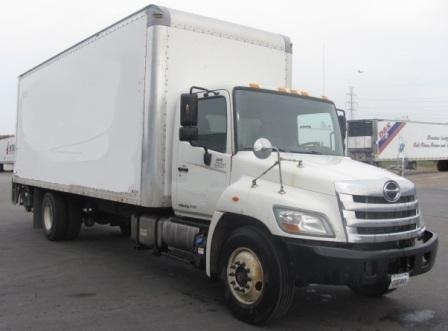 Medium Duty Box Truck-Light and Medium Duty Trucks-Hino-2011-268-OMAHA-NE-180,820 miles-$31,250