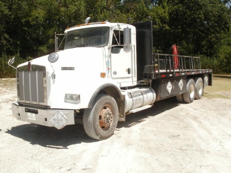 Flatbed Truck-Heavy Duty Tractors-Kenworth-2011-T800-ALVARADO-TX-316,616 miles-$67,250