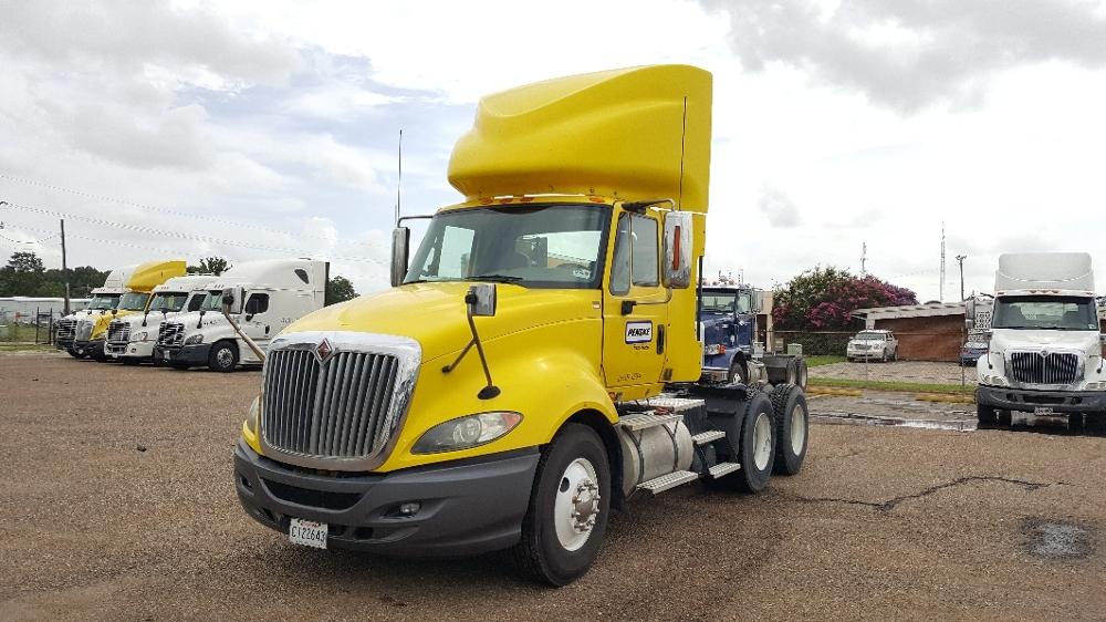 Day Cab Tractor-Heavy Duty Tractors-International-2011-ProStar-LAFAYETTE-LA-272,000 miles-$36,750