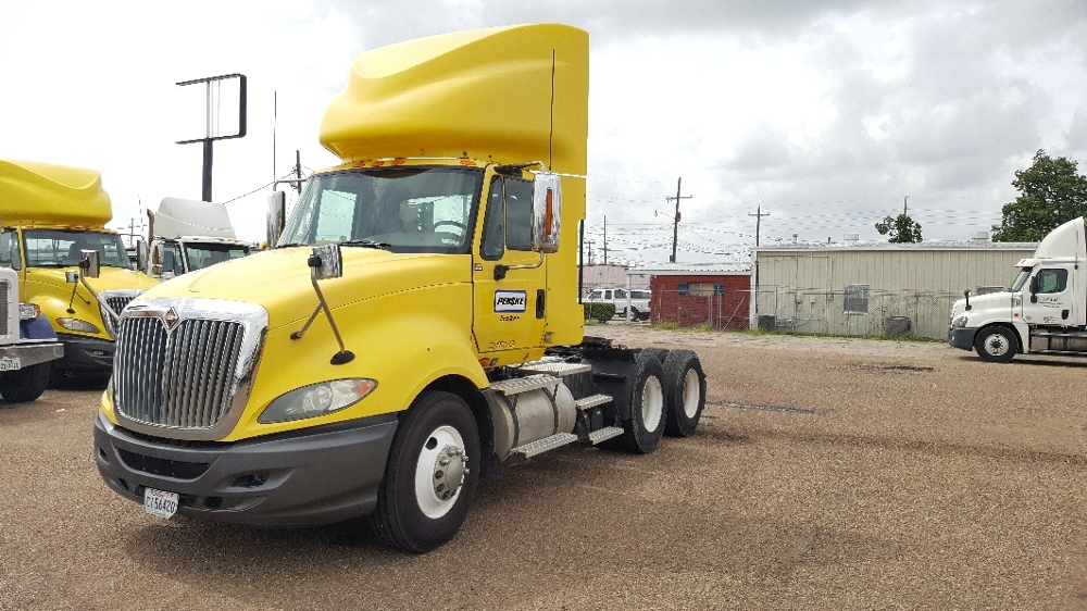 Day Cab Tractor-Heavy Duty Tractors-International-2011-ProStar-LAFAYETTE-LA-308,070 miles-$33,750