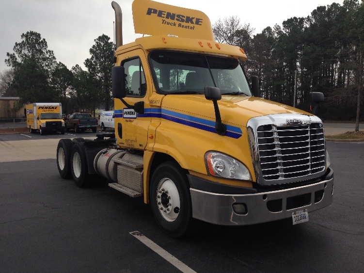 Day Cab Tractor-Heavy Duty Tractors-Freightliner-2011-Cascadia 12564ST-LITTLE ROCK-AR-336,898 miles-$33,000