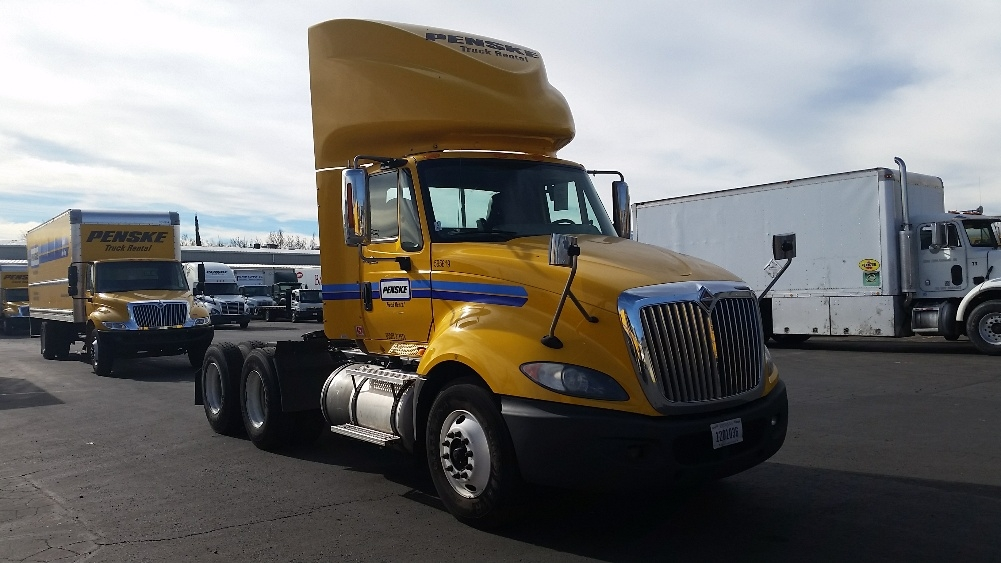 Day Cab Tractor-Heavy Duty Tractors-International-2011-ProStar-SPARKS-NV-368,302 miles-$9,000