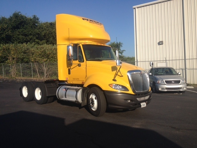 Day Cab Tractor-Heavy Duty Tractors-International-2011-ProStar-TUSCALOOSA-AL-526,450 miles-$24,750