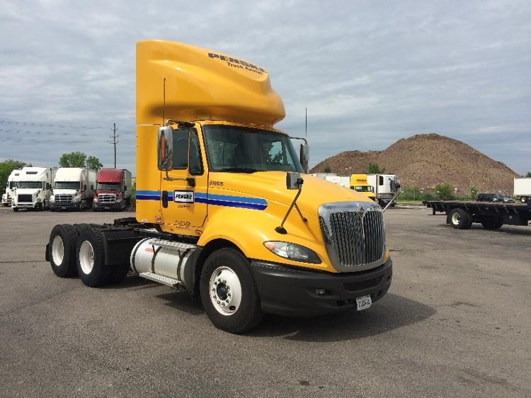 Day Cab Tractor-Heavy Duty Tractors-International-2011-ProStar-OAKWOOD VILLAGE-OH-315,956 miles-$23,000