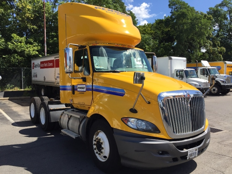 Day Cab Tractor-Heavy Duty Tractors-International-2011-ProStar-LIVERPOOL-NY-586,030 miles-$25,250