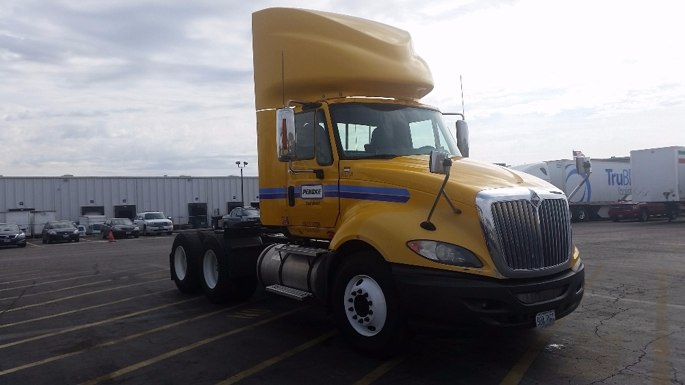 Day Cab Tractor-Heavy Duty Tractors-International-2011-ProStar-EARTH CITY-MO-319,363 miles-$32,000