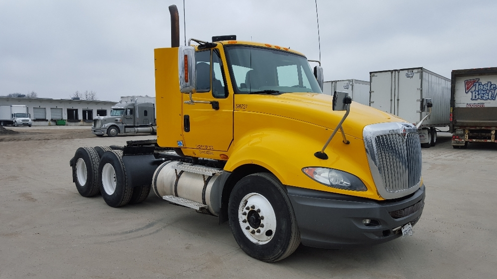 Day Cab Tractor-Heavy Duty Tractors-International-2011-ProStar-DES MOINES-IA-299,255 miles-$28,750