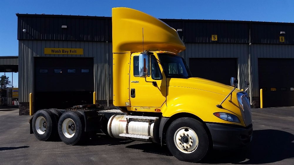 Day Cab Tractor-Heavy Duty Tractors-International-2011-ProStar-SCARBOROUGH-ME-335,265 miles-$33,250