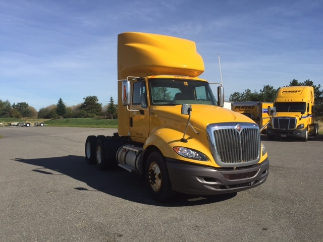 Day Cab Tractor-Heavy Duty Tractors-International-2011-ProStar-SCARBOROUGH-ME-315,829 miles-$33,500