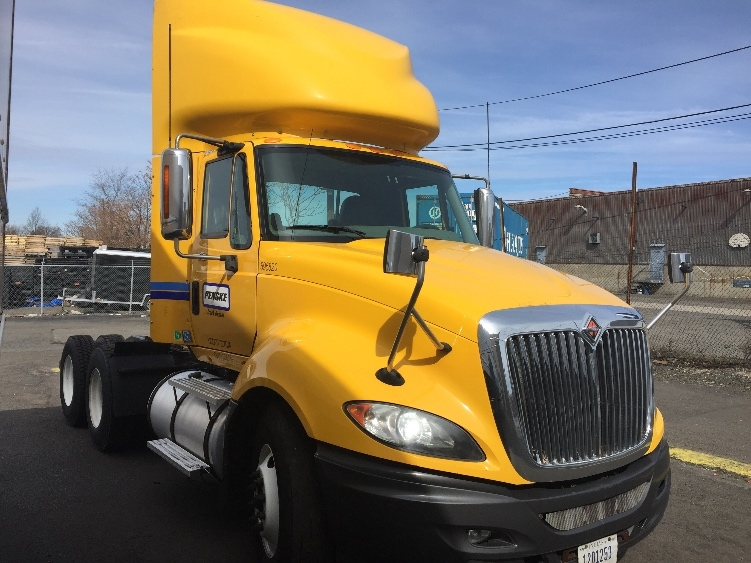Day Cab Tractor-Heavy Duty Tractors-International-2011-ProStar-SOUTH PLAINFIELD-NJ-311,107 miles-$26,500