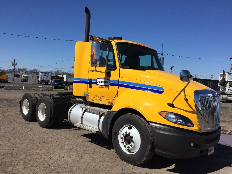 Day Cab Tractor-Heavy Duty Tractors-International-2011-ProStar-LINDEN-NJ-294,723 miles-$26,250