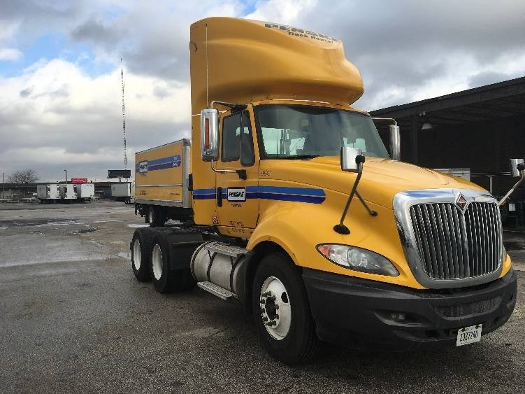 Day Cab Tractor-Heavy Duty Tractors-International-2011-ProStar-STICKNEY-IL-296,366 miles-$30,000