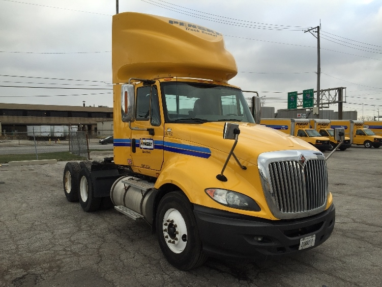 Day Cab Tractor-Heavy Duty Tractors-International-2011-ProStar-EARTH CITY-MO-361,487 miles-$30,250