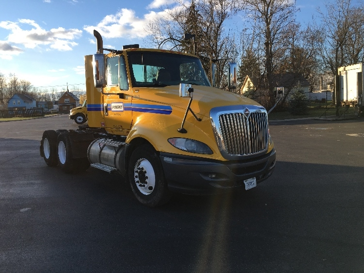 Day Cab Tractor-Heavy Duty Tractors-International-2011-ProStar-JESSUP-MD-401,359 miles-$29,500