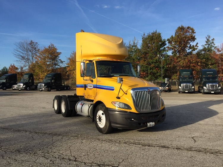 Day Cab Tractor-Heavy Duty Tractors-International-2011-ProStar-AKRON-OH-370,945 miles-$22,500