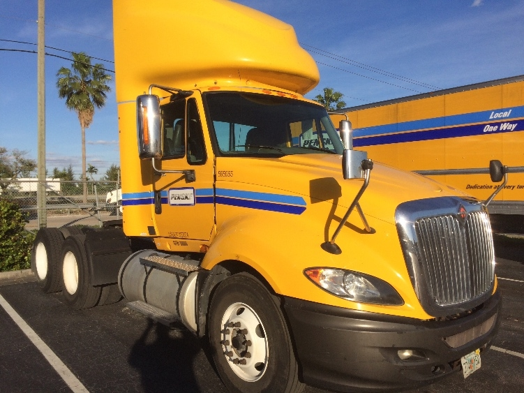 Day Cab Tractor-Heavy Duty Tractors-International-2011-ProStar-TAMPA-FL-429,454 miles-$27,500