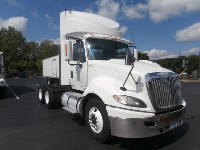 Day Cab Tractor-Heavy Duty Tractors-International-2011-ProStar-WEST HAVEN-CT-372,546 miles-$30,000