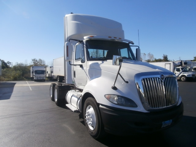 Day Cab Tractor-Heavy Duty Tractors-International-2011-ProStar-WATERBURY-CT-429,759 miles-$29,250