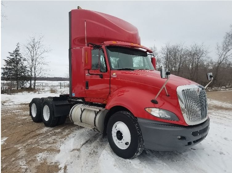 Day Cab Tractor-Heavy Duty Tractors-International-2011-ProStar-EAU CLAIRE-WI-447,925 miles-$28,750