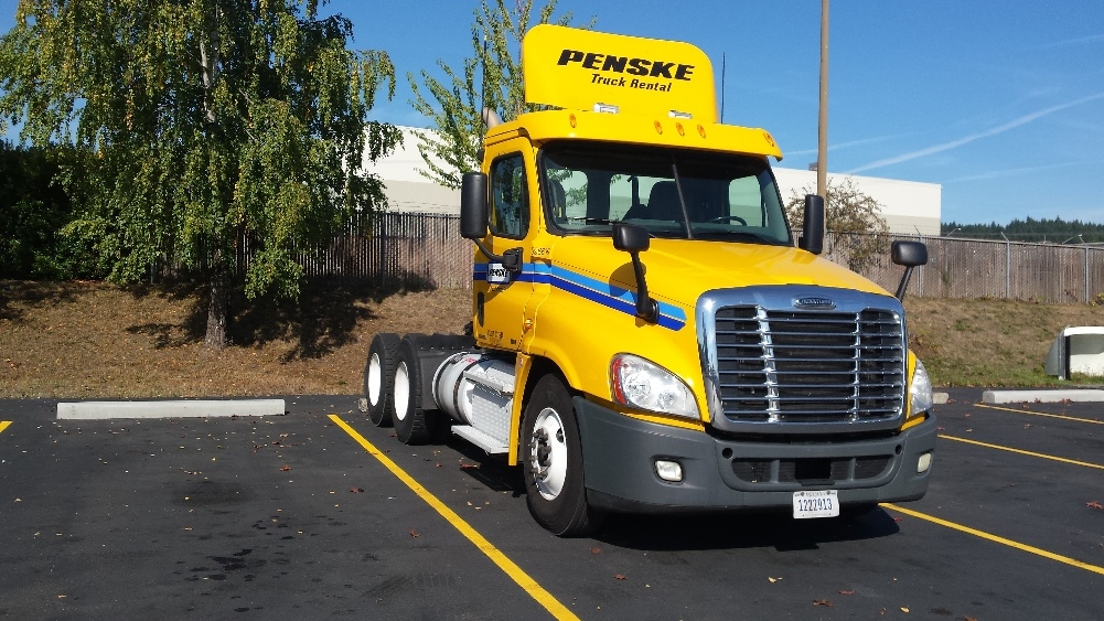 Day Cab Tractor-Heavy Duty Tractors-Freightliner-2011-Cascadia 12564ST-WILSONVILLE-OR-466,627 miles-$37,750