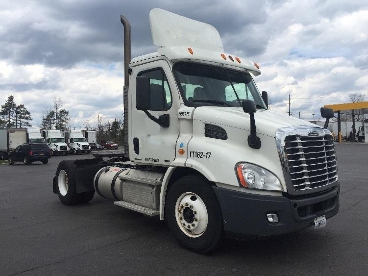 Day Cab Tractor-Heavy Duty Tractors-Freightliner-2011-Cascadia 11342ST-BUFFALO-NY-235,690 miles-$42,750