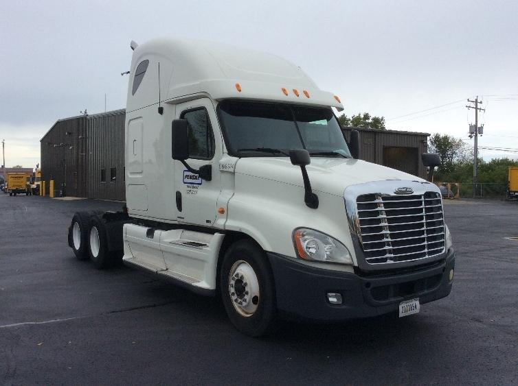 Sleeper Tractor-Heavy Duty Tractors-Freightliner-2011-Cascadia 12564ST-NORTH LAS VEGAS-NV-543,583 miles-$35,000